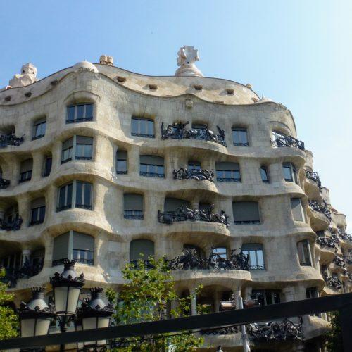 Certains irons visiter une maison de Gaudi